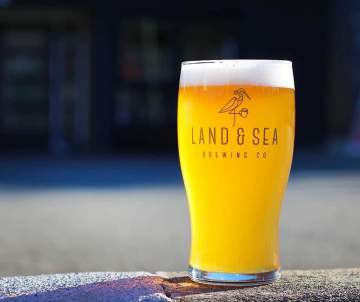 Smarty Pints Beer Education Evening @ Land And Sea Brewing Company